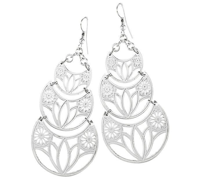 As sentimental as they are stunning, these gentle earrings depict the classic lotus flower in graceful detail. The lotus symbolizes purity of the heart and mind, and represents health, honor, and good luck.    Produced by a fair trade organization in India that creates employment for economically disadvantaged women artisans in a home-based sector. The group works to ensure the entire production process is non-exploitative by enforcing strict health and safety standards and maintaining a…