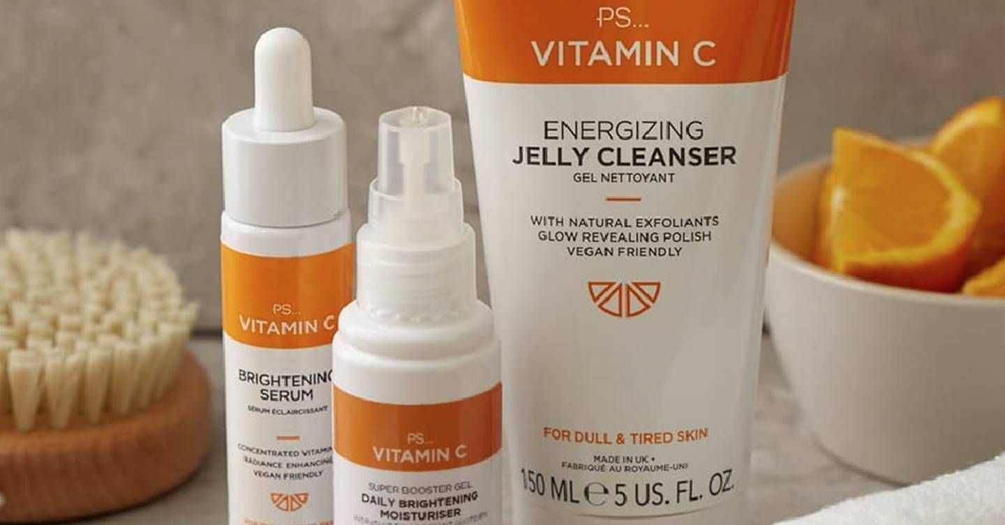 Beauty Bloggers Say This Primark Vitamin C Range Gives Skin A Glow That No Amount Of Makeup Can Give Vitamins For Skin Face Products Skincare Vitamin C
