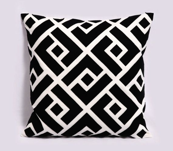 Love This Pattern Black And White Pillows White Pillow Covers Black Throw Pillows