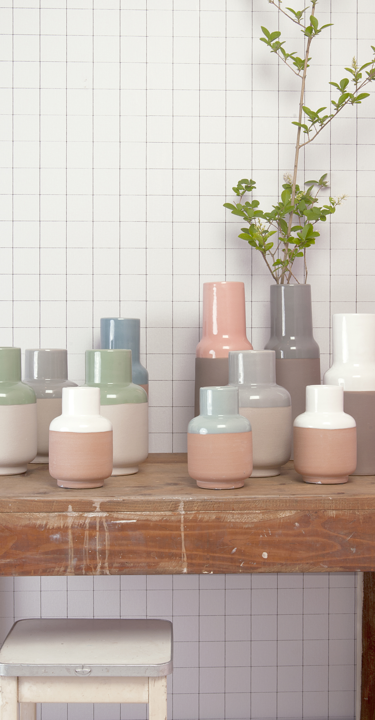 Ceramic vase with pastel detail