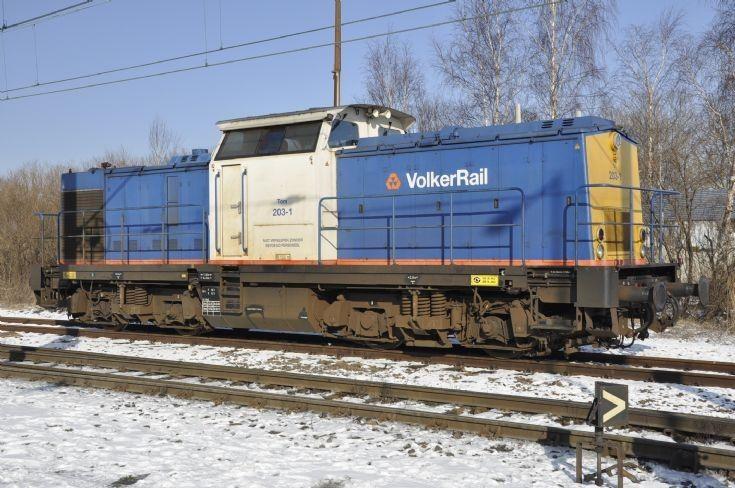 BR 203   Volker Rail