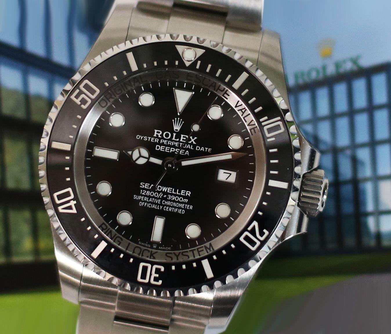 Land Locked Rolex 44mm Seadweller Deepsea Ref 126660 Baselworld 2018 Edition Http Www Elementintime Rolex Sea Dweller Rolex Rolex Oyster Perpetual
