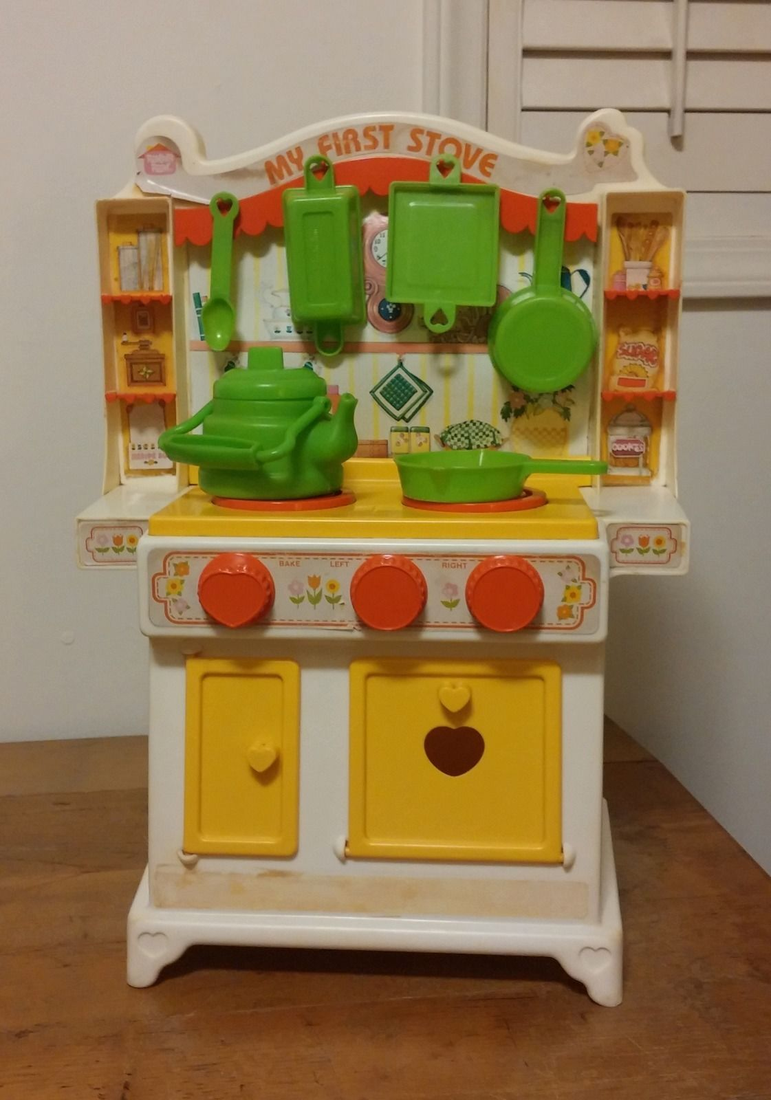 """Vintage 20"""" Hasbro Romper Room My First Stove Play Kitchen"""