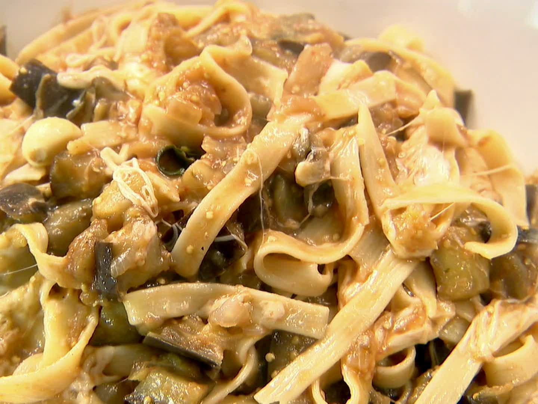 Pasta Alle Melenzana (Eggplant Pasta)