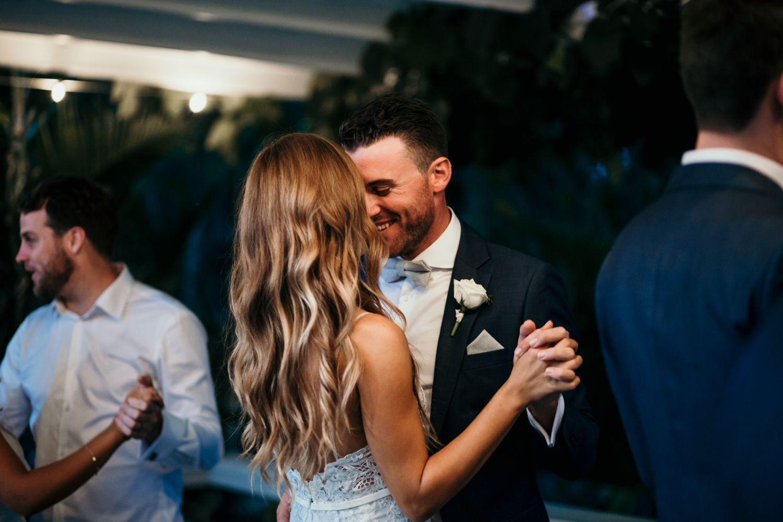 Bridal hair boho curls soft curls blonde hair bride groom