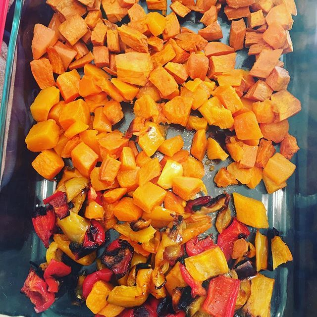 #bellpeppers #sweetpotatoes #butternutsquash #roasted muscle #eathealthy #gymlife #bodybuilder #bodybuilder #fitfam #carbs #protein #eatclean #fitness #organic #grassfed #allnatural #healthyfood #mealprep #cheff #cheffatyouhome #healthyrecipes #nutrition #delicious #fitfood #glutenfree #veggies  Yummery - best recipes. Follow Us! #healthyrecipes