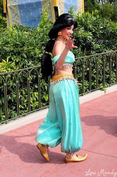 Jasmine at Merida's Coronation
