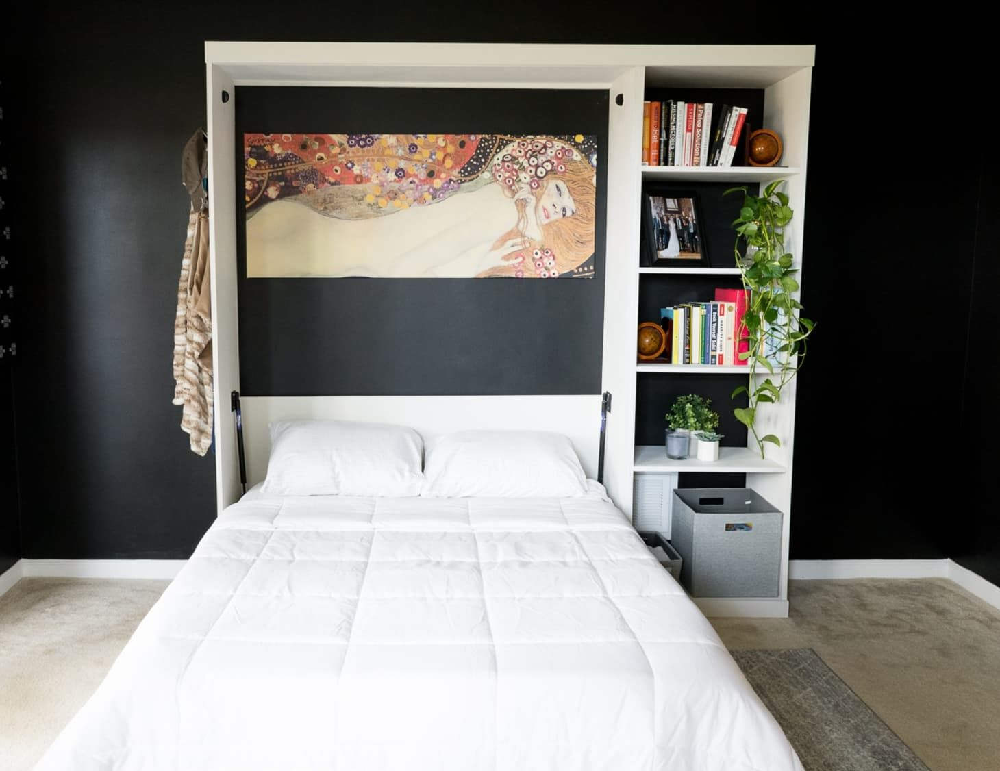 SpaceSaving Murphy Beds You Can Either Buy or DIY