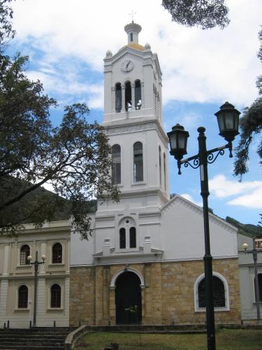 Bogotá - Iglesia Santa Bárbara Usaquén  d044d740ce0