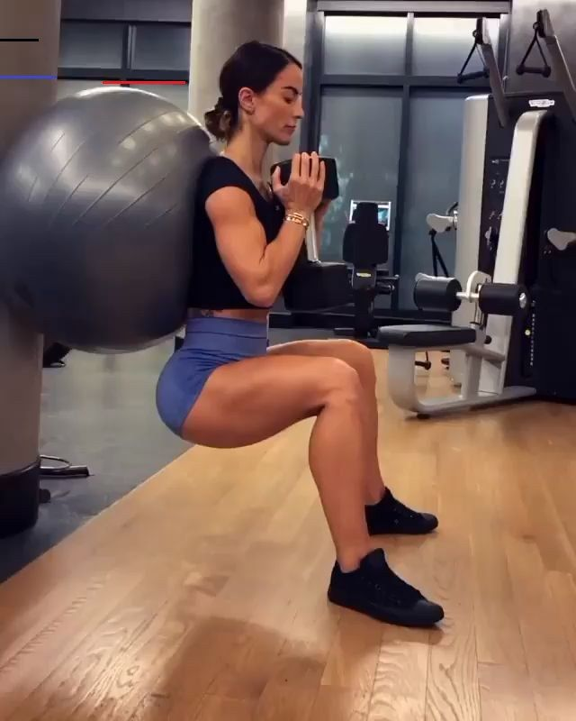 Weight loss motivation videos - How to lose weight in a month for women Intense squat variation with...