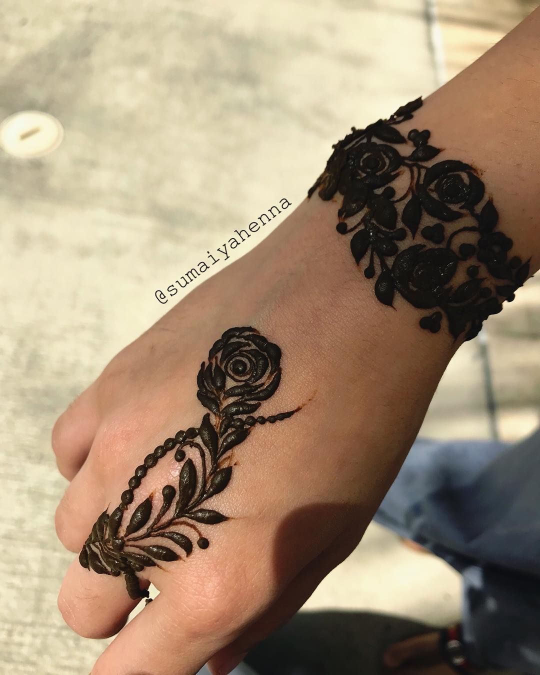 Simple mehndi designs for that you should try trendy source  sumaiyahenna instagram also henna design pinterest rh