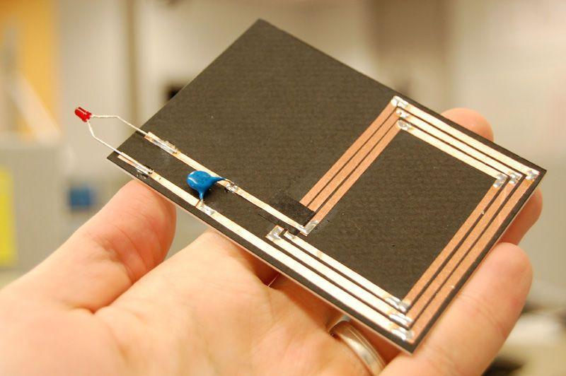 RFID Reader Detector and Tilt-Sensitive RFID Tag   Electronics diy hacks. Diy electronics. Rfid