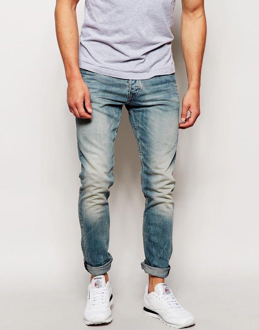 Slim fit voi jeans
