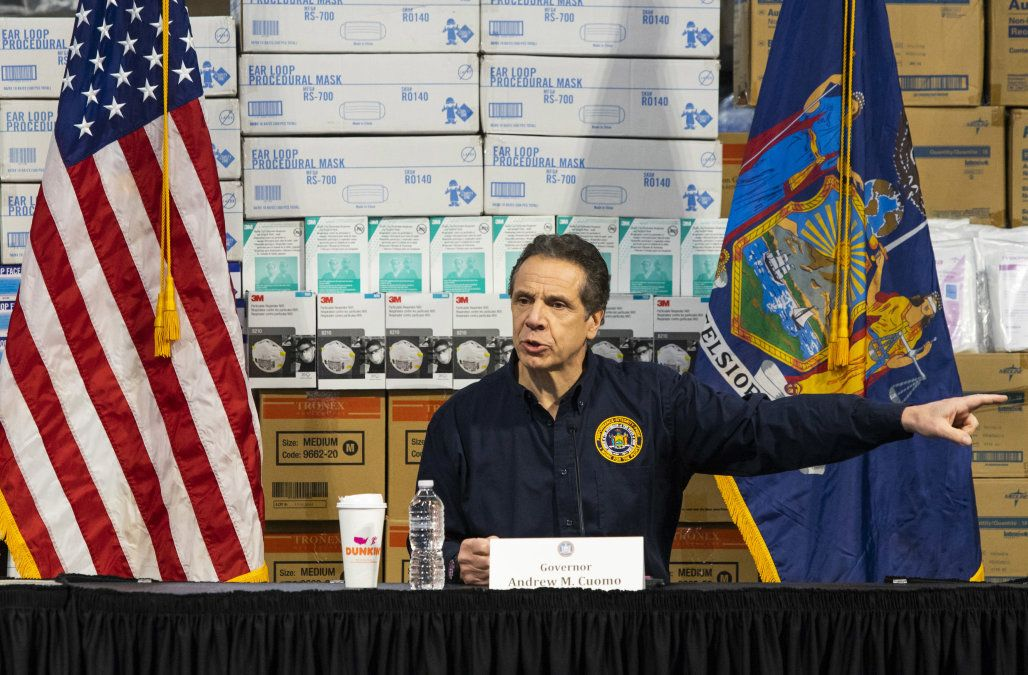 Gov Cuomo What Happens To New York Will Happen In Ca Il And Wa Business Insider In 2020 Emergency Hospital Andrew Cuomo Governor