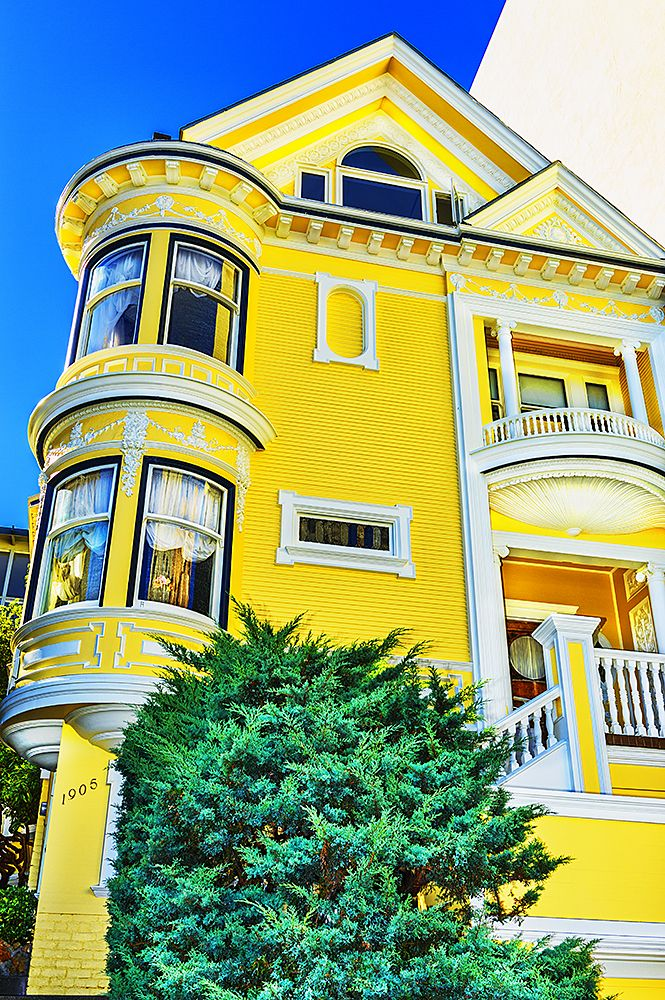Yellow Victorian House In Pacific Heights San Francisco