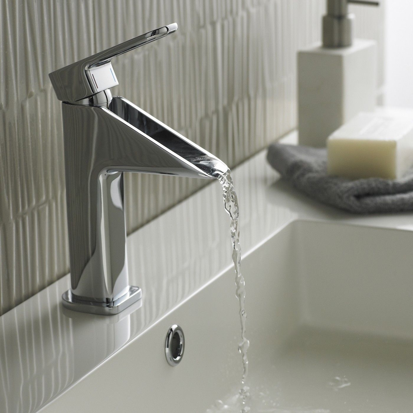 Amazing Beautiful Bathroom Faucets Lowes for Exclusive Lavatory