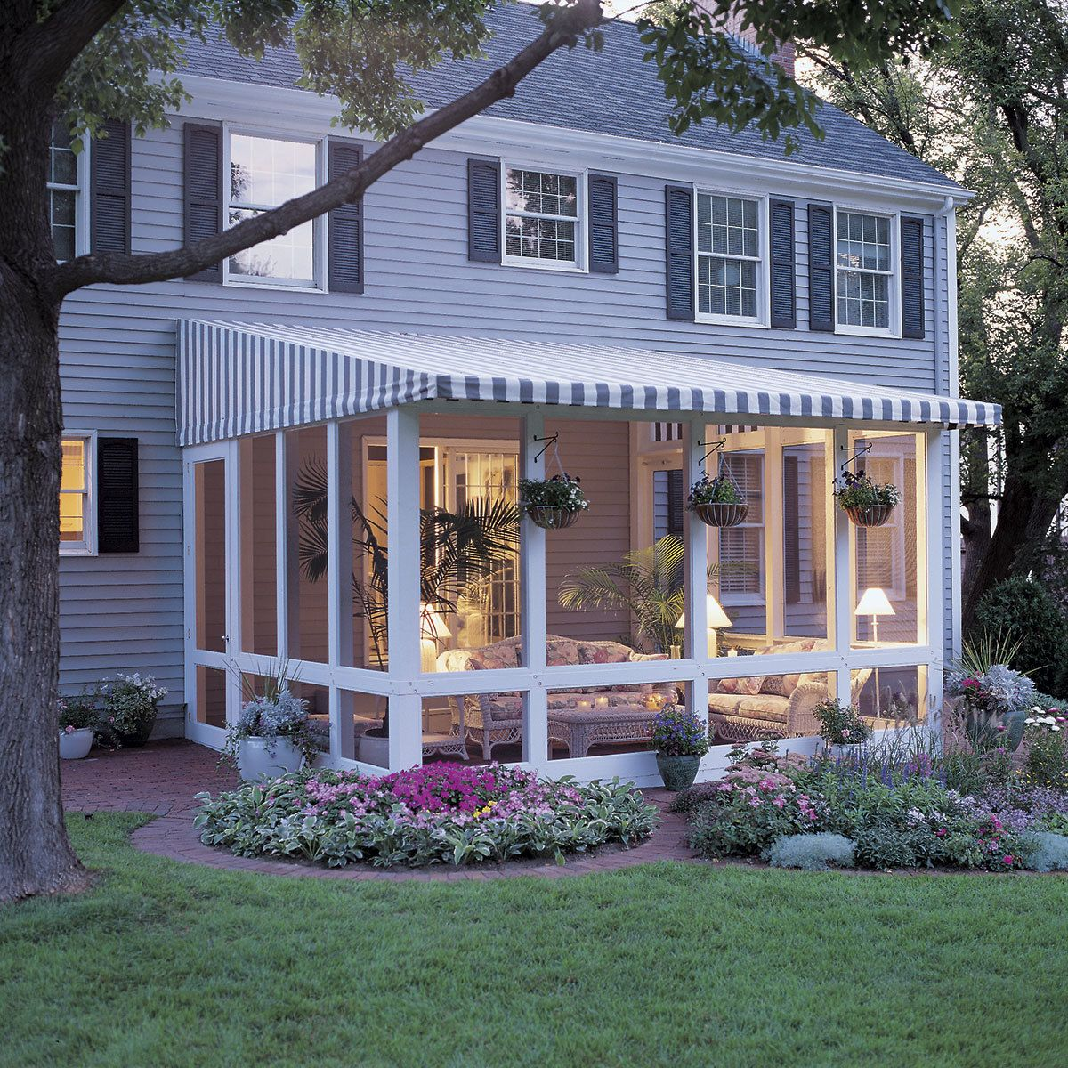 8 outdoor projects you can do yourself backyard
