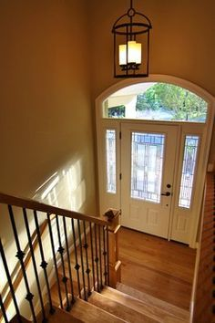 Inside A Bi Level Split House Google Search House Split Entry