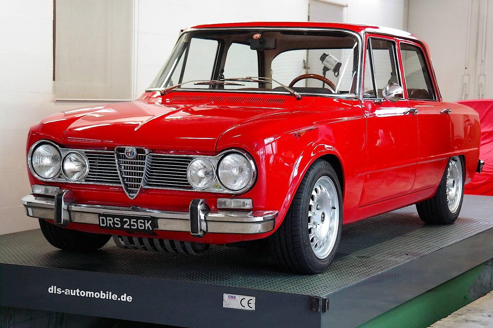 Alfa Romeo Giulia 1300 Super Cool Cars Old