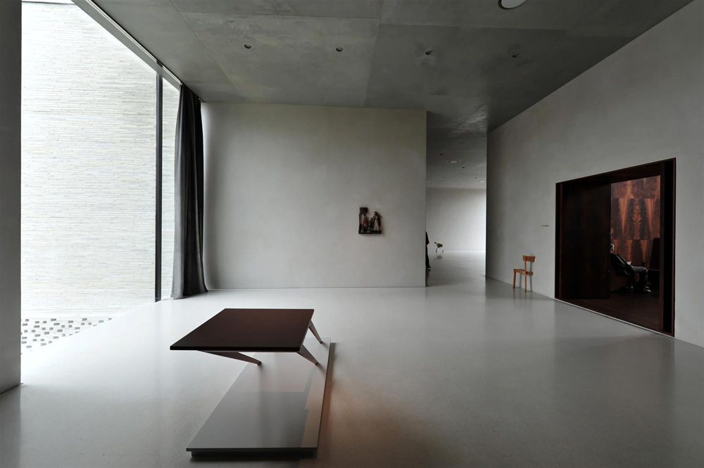 gallery of kolumba museum peter zumthor 16 nus pinterest architektur und innenraum. Black Bedroom Furniture Sets. Home Design Ideas