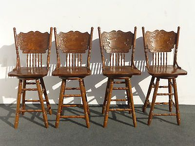Vintage Antique Oak Swivel Barstools Spindle Back Bar Stools 550