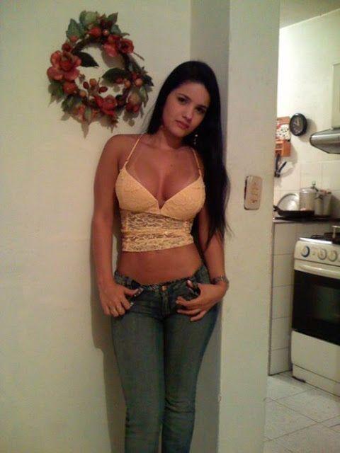Awww Yeah Busty Latina Babe Hot Babes