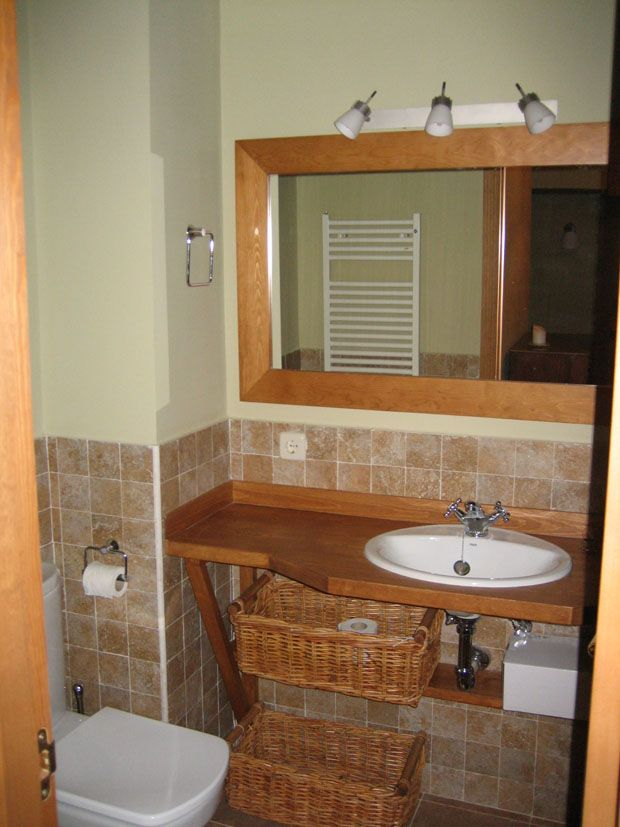 Mueble para un cuarto de baño pequeño, por eso diseñamos este mueble ...