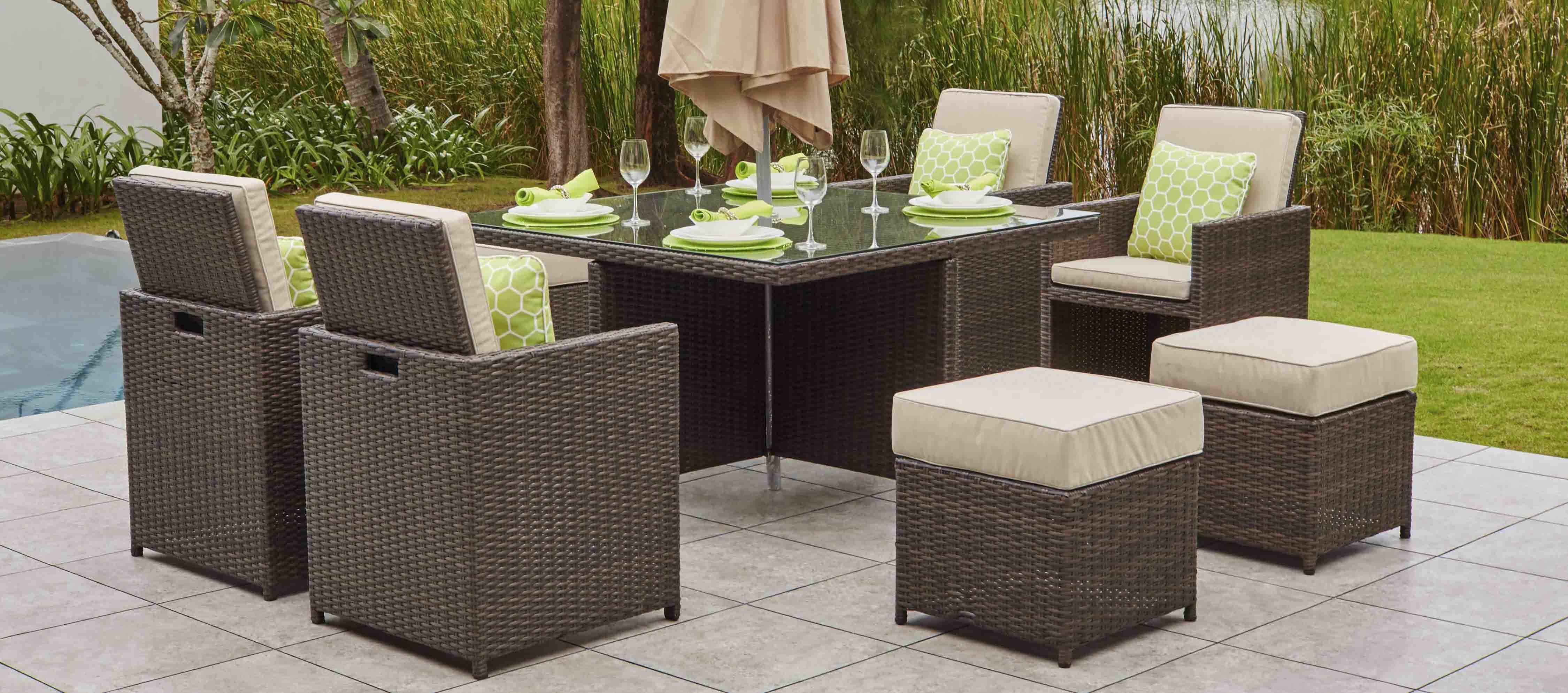 CUBO 4 - Cube Dining Set with Footstools & Parasol   Moda ...