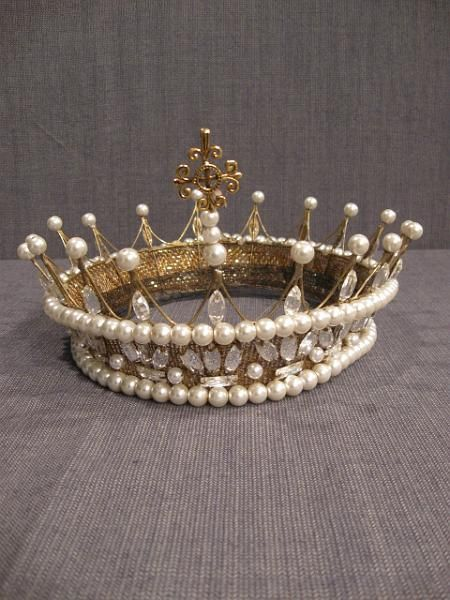 pearl beads and rhinestones sewn/wired to crown - base may be sinemay 11001300 Crown Womens gold pearl rhinestone H24.JPG