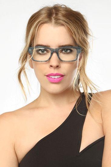 Met By Meme$ ️ | Meninas de óculos, Fotos com oculos