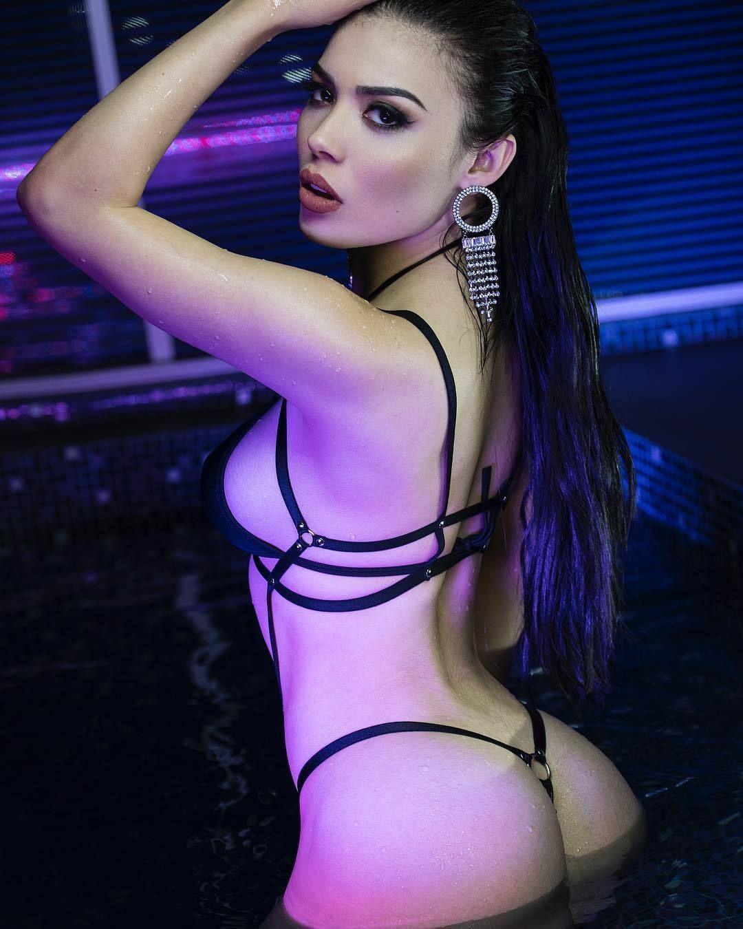 Twitter Hacked Tracy Saenz naked photo 2017