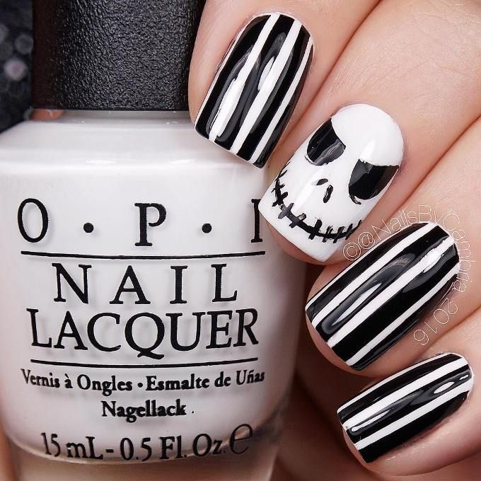 32 Delightfully Spooky Halloween Nail Art Designs | Jack skellington ...