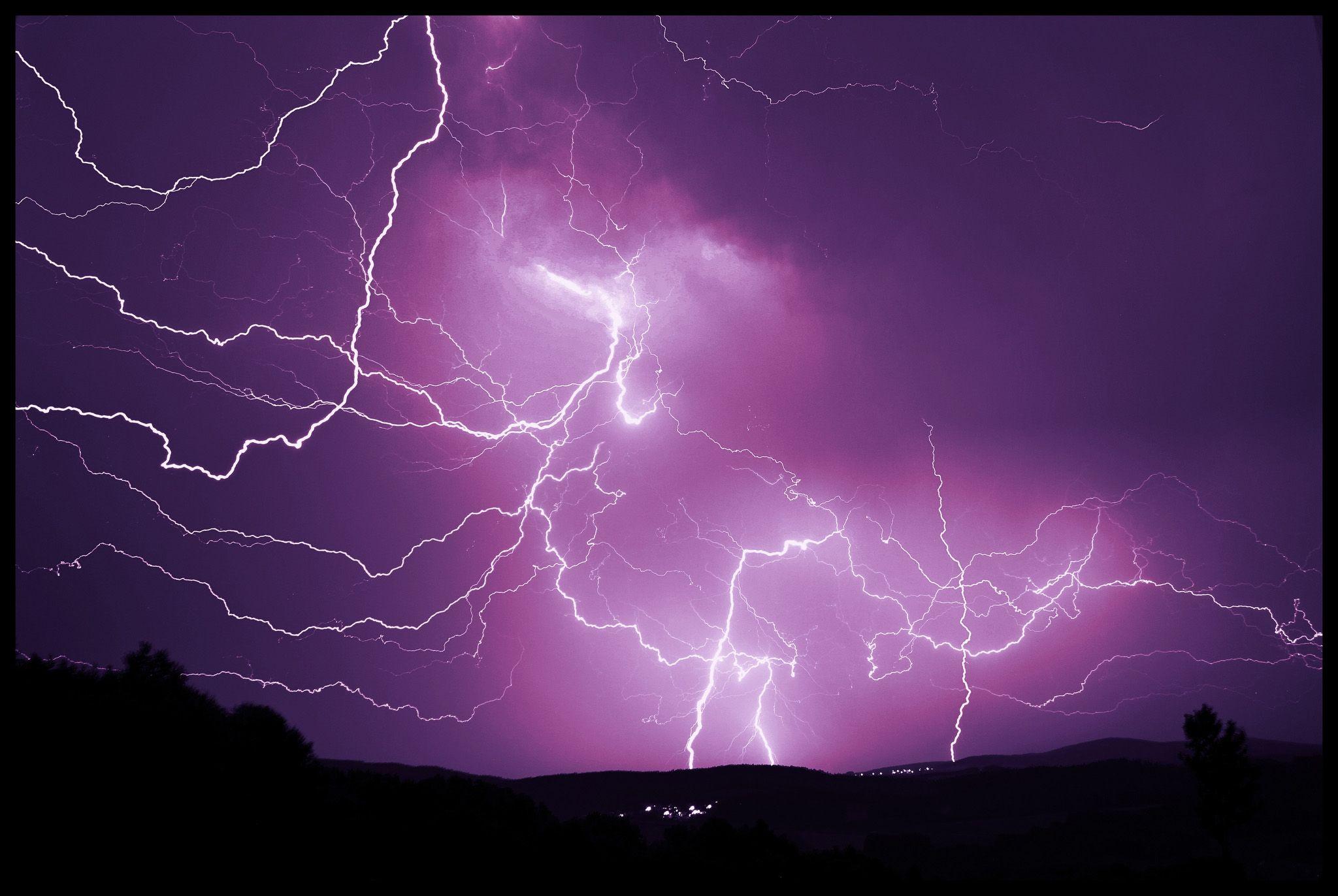 Epic Storm, electrifying photo
