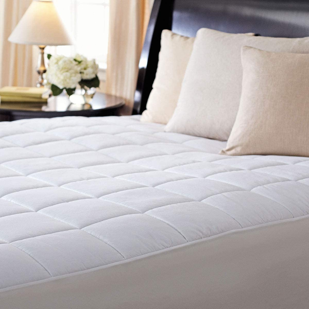 Amazon Com Sunbeam Premium Luxury Quilted Electric Heated Mattress Pad King Size Home Kitchen In 2020 Heated Mattress Pad Luxury Quilts Mattress