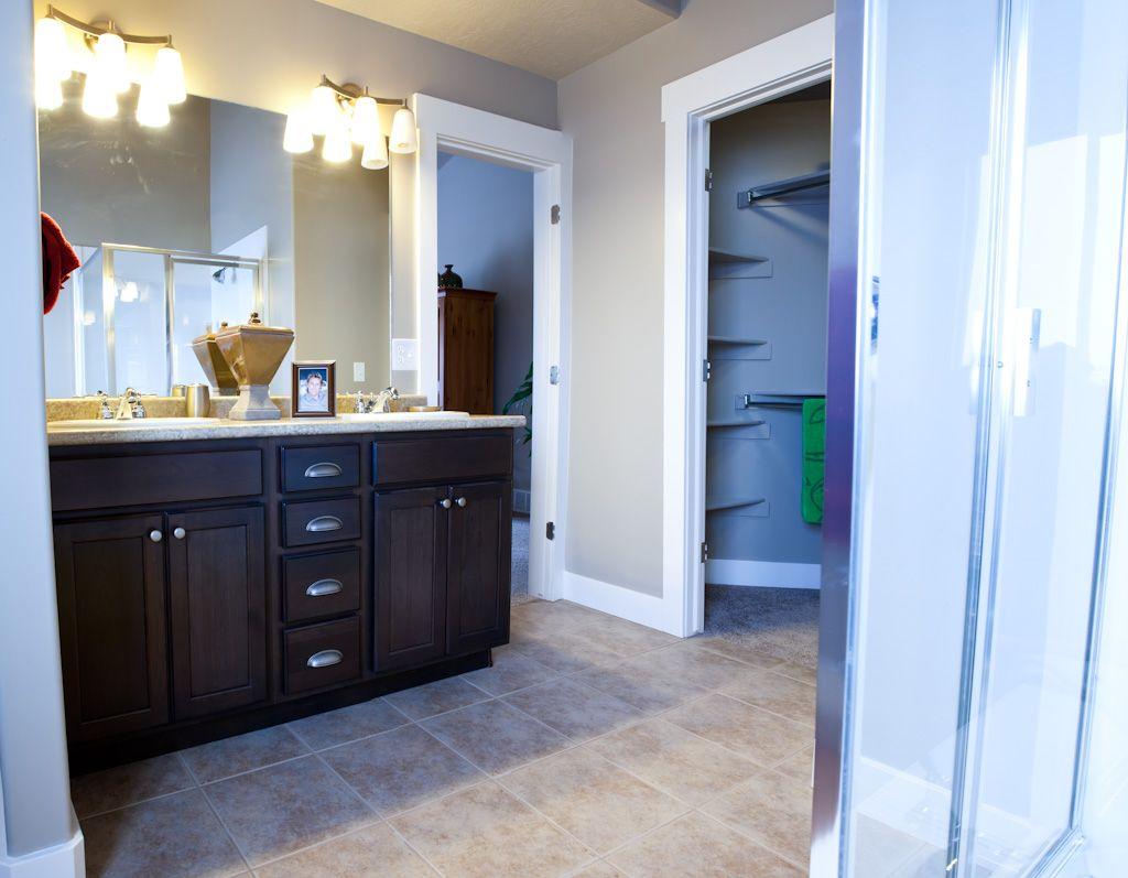 Beautiful Master Bathroom Floor Plans With Walk In Shower Crest ...