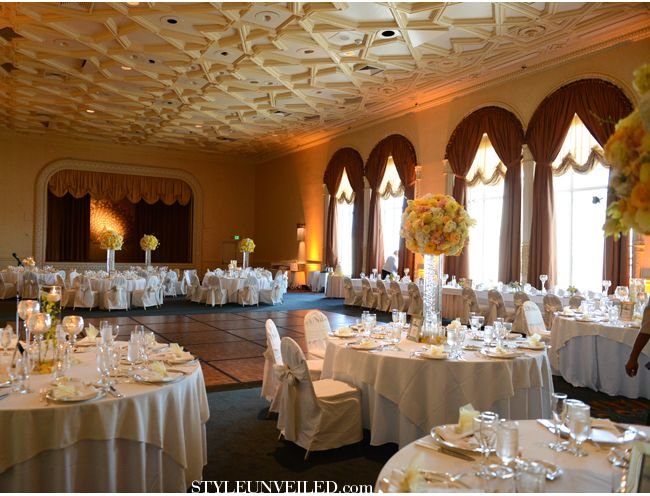 San Francisco Real Wedding / Yellow And Grey Details
