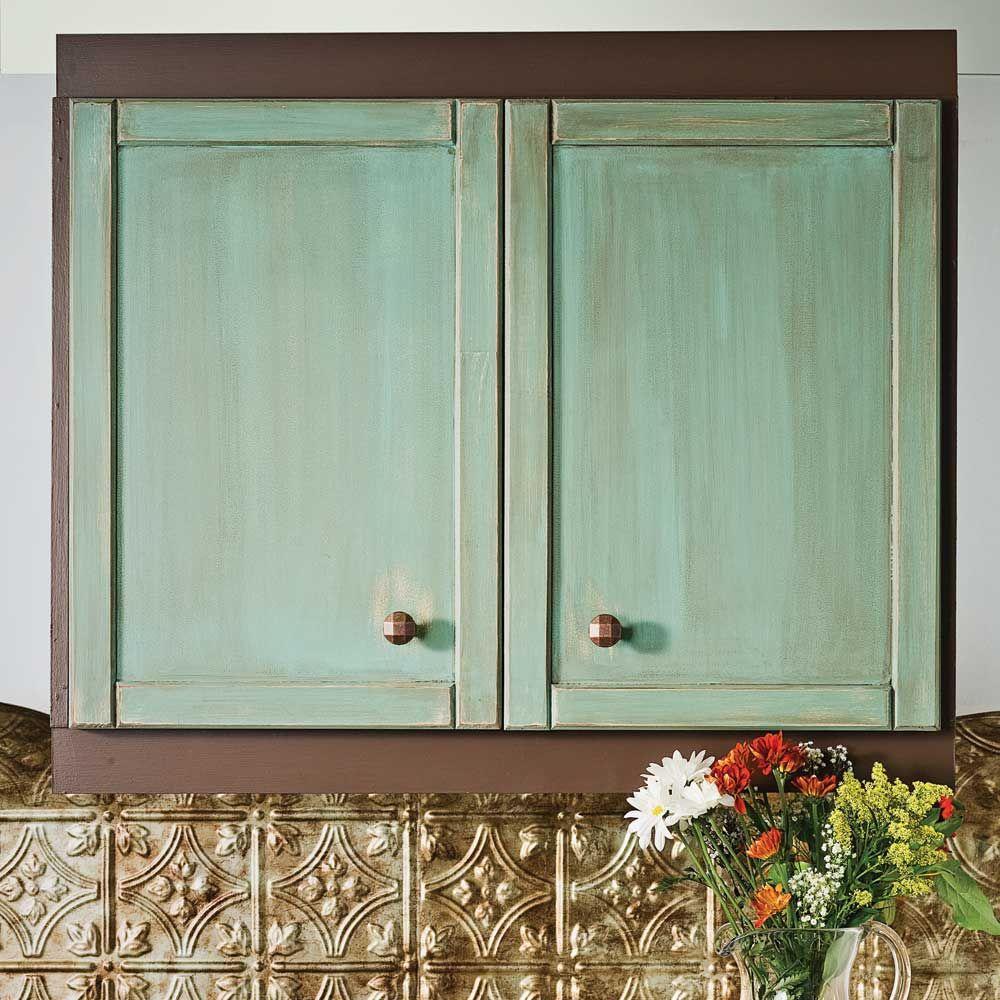 vous craquez pour les armoires au cachet antique puisqu 39 il serait bien surprenant que le. Black Bedroom Furniture Sets. Home Design Ideas