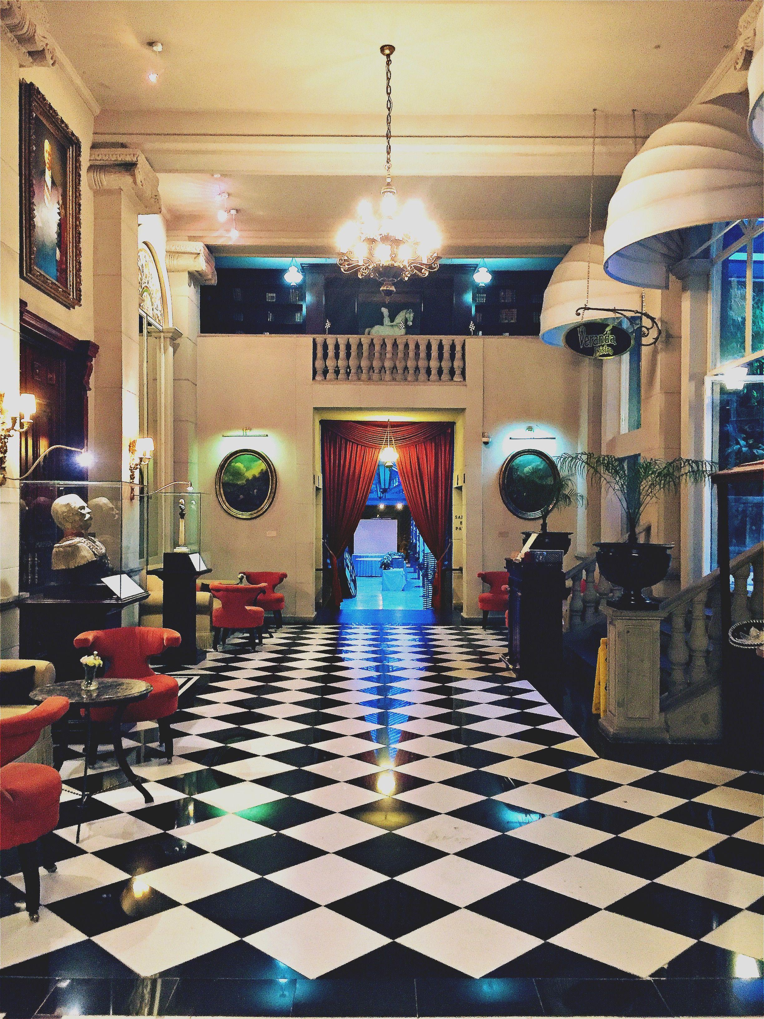 Classic 1900 Carrelage Noir Blanc Et Perspectives Hotel Geneva