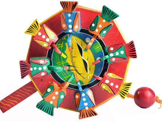 TRADITIONAL AND MODERN TOYS OF VARANASI -  http://www.dsource.in/gallery/gallery-0511/index.html