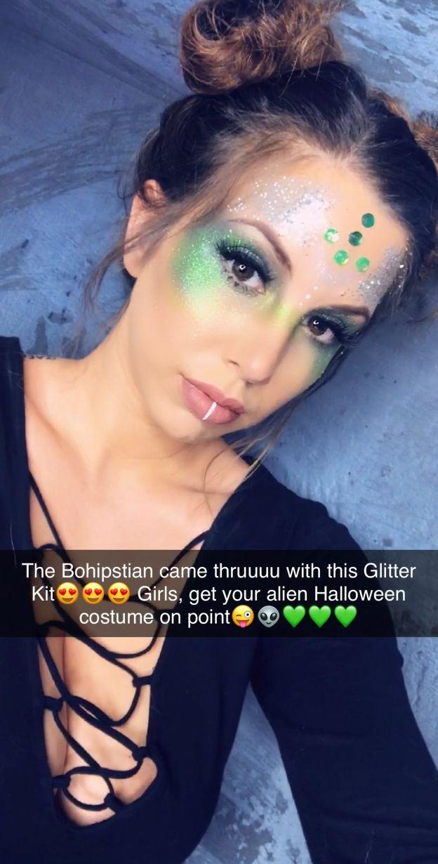 Alien Glitter Makeup | Alien Costume | Halloween Costumes Women | Alien Eye Makeup #area51partyoutfit