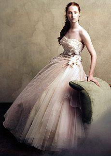 Italian Wedding Gown | My Big Fat Italian Wedding | Pinterest ...