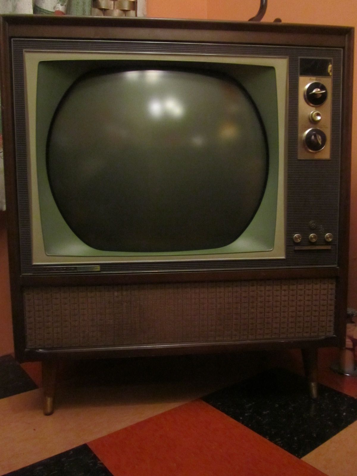 1963 Rca New Vista Color Tv The Wakefield 14 G 79 M Ctc 12 Vintage Television Vintage Tv Classic Tv