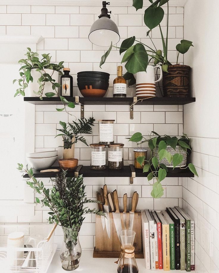 love the open shelves with the plants # ...