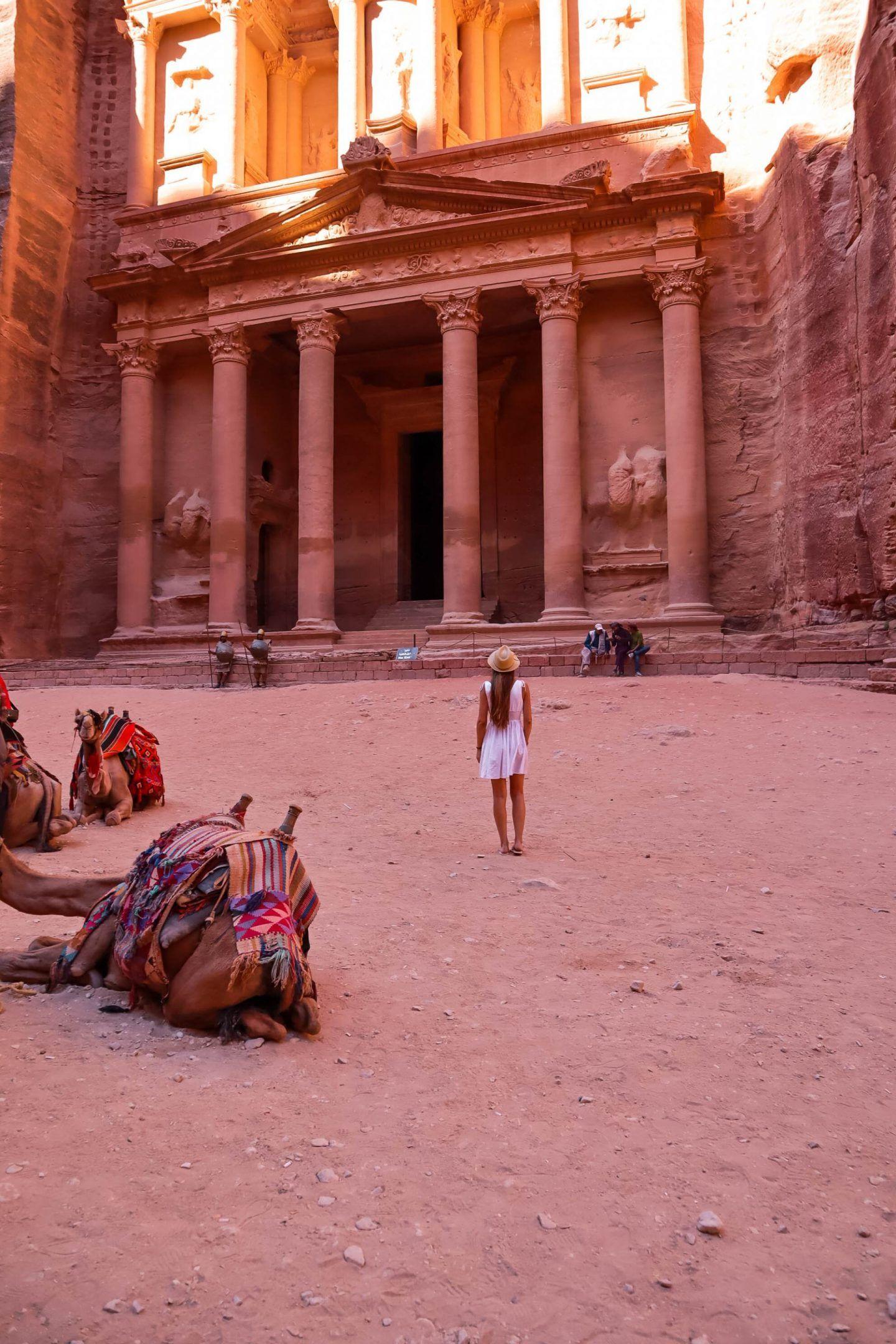 The Must-See Sites in Petra, Jordan #petrajordan