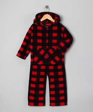 This cozy fleece pair features a classic print that's at home on the playground or adventuring in the woods. A trusty elastic waistband ensures the perfect fit.