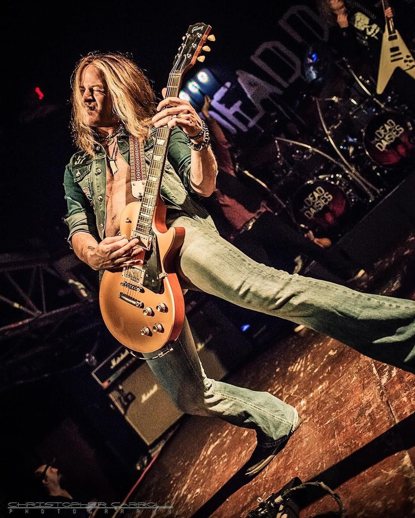 Pin By Joe A Escamilla On Guitarists In