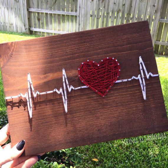 Battement de coeur string art par stringsbysamantha sur etsy pinterest string art - Fadenbilder selber machen ...