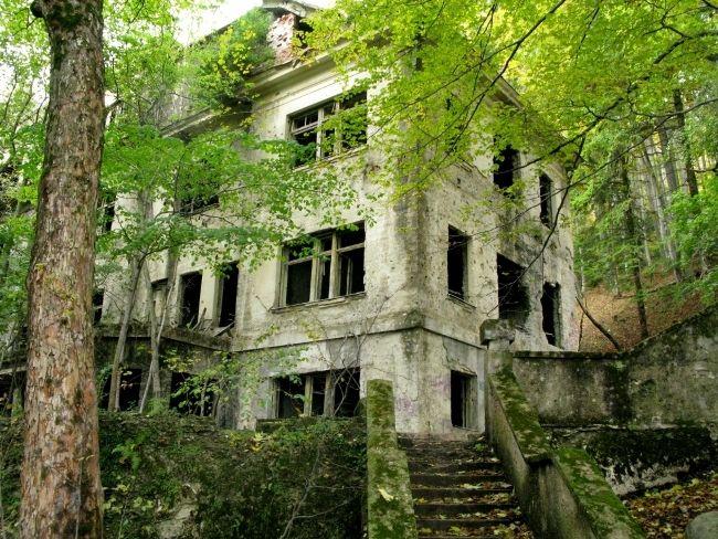 Sanatorium Brestovac Zagreb Croatia Abandoned Places Abandoned Places To Visit