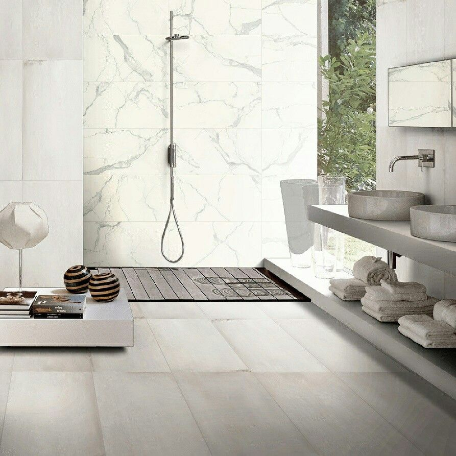 Visions White 60x120 On Main Walls And Floor I Classici Statuario