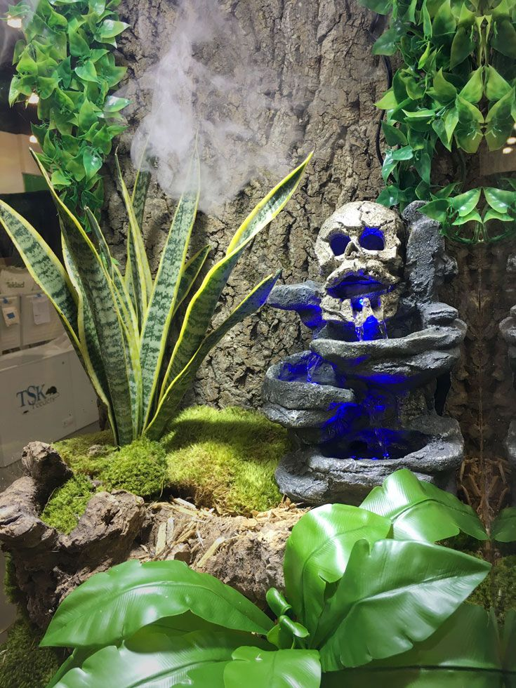 Reptirapids Led Skull Waterfall Stimulates Natural